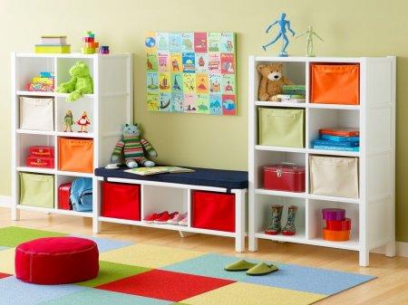 Стеллажи для детской комнаты